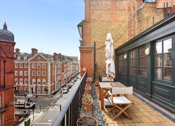 Thumbnail 3 bedroom flat for sale in Greet Street, London