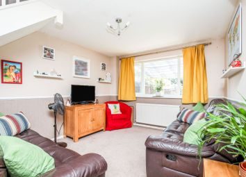 Ranyard Close, Chessington KT9. 3 bed terraced house