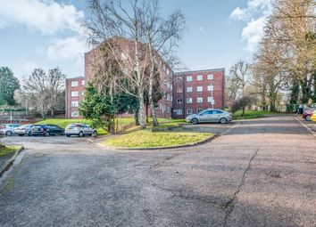 Thumbnail 2 bedroom flat for sale in Aldwyck Court, Leighton Buzzard Road, Hemel Hempstead, Hertfordshire