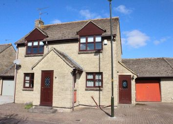3 bed link-detached house for sale in The Spinney, Lechlade GL7