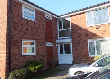 Thumbnail 1 bed flat to rent in Crawley Road, Horsham