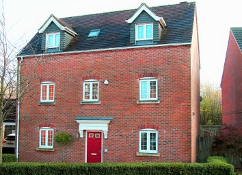 Thumbnail 4 bed detached house for sale in Whitgift Close, Basingstoke