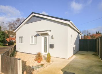 The Island, Steeple Claydon, Buckingham MK18. 2 bed detached bungalow for sale
