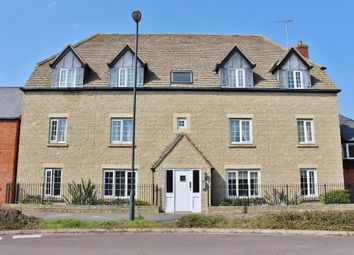 Thumbnail 1 bed flat to rent in Mir Crescent, Oakhurst, Swindon