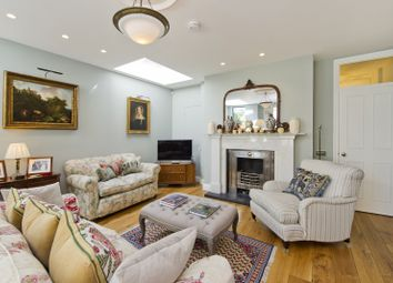 Thumbnail 5 bed property for sale in Oxford Gardens, London