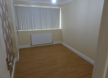 Thumbnail 1 bed flat to rent in Dunedin Way, Hayes, Middlesex