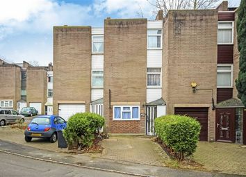 Thumbnail 4 bed property to rent in Coburg Crescent, London