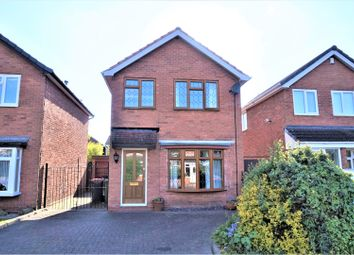 Thumbnail 3 bedroom detached house for sale in Ash Grove, Tamworth