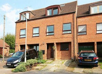 Thumbnail 5 bedroom terraced house for sale in Kingfisher Way, Bishop's Stortford, Hertfordshire