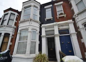2 bed flat to rent in Lawrence Road, Southsea PO5
