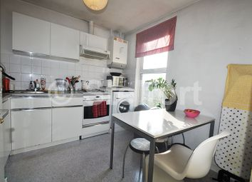 Thumbnail 3 bed flat to rent in Hornsey Road, Upper Holloway
