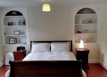 Thumbnail 1 bedroom flat to rent in Southgate Road, Islington, London