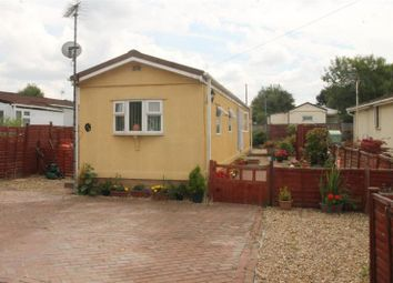 Thumbnail 2 bedroom mobile/park home for sale in Cranbourne Hall Park, Winkfield, Windsor