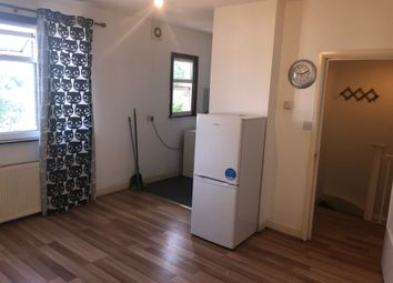 Thumbnail 1 bed flat to rent in Bowes Rd, Arnos Grove