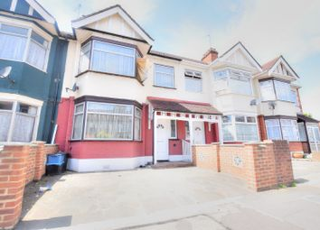 Thumbnail 3 bedroom terraced house to rent in Brook Road, Ilford