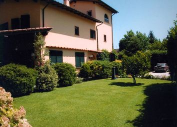 Thumbnail 8 bed villa for sale in Via Fosso Nuovo 18, Poveromo, Massa And Carrara, Tuscany, Italy