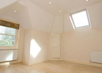 Thumbnail 2 bed flat to rent in 54 Oakhill Road, Sevenoaks, Kent