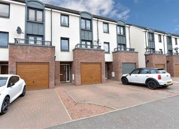 Thumbnail 4 bed town house for sale in Crofton Avenue, Braehead, Renfrew