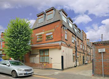 Thumbnail 2 bedroom flat for sale in Spencer Avenue, Palmers Green