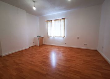 Thumbnail 1 bed flat to rent in St James Road, Watford