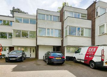 Thumbnail 3 bed town house to rent in Augustus Road, Southfields
