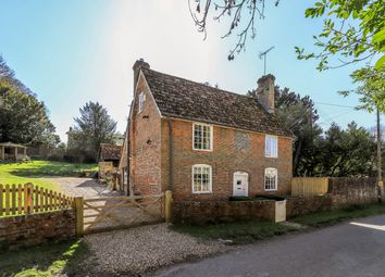Avington, Winchester, Hampshire SO21. 3 bed detached house for sale