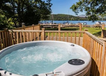 Thumbnail 2 bedroom mobile/park home for sale in White Cross Bay, Ambleside Road, Windermere