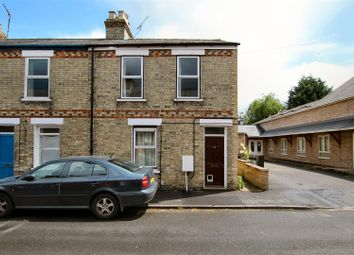 Thumbnail 1 bed flat to rent in Hobart Road, Cambridge