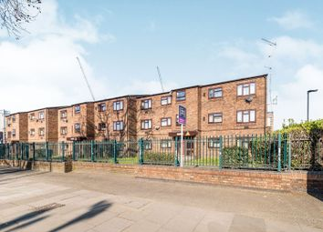 Thumbnail 1 bedroom flat for sale in Foxcombe Close, London