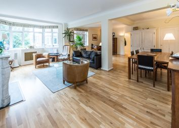 Thumbnail 3 bed flat to rent in Onslow Crescent, South Kensington, Gloucester Road, Chelsea