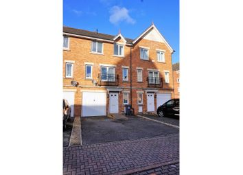Thumbnail 4 bed town house for sale in Clos Dewi Sant, Cardiff