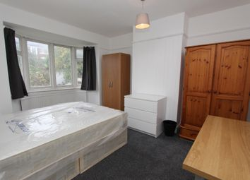 Thumbnail Room to rent in Brentfield Gardens, Brent Cross