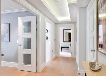 Thumbnail 2 bed flat for sale in Copse Hill, Wimbledon, London