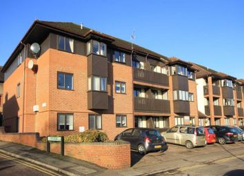 Thumbnail 2 bed flat for sale in Cotterells Hill, Hemel Hempstead