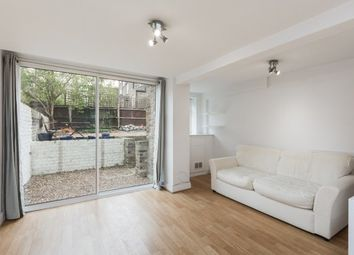 2 bed maisonette to rent in Boscombe Road, London W12