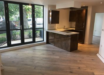 1 bed flat to rent in Very Near Chiswick House, Chiswick W4