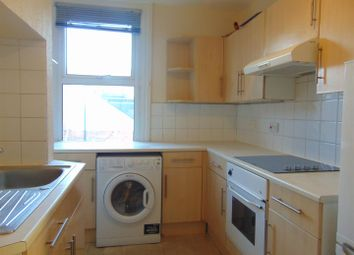 2 bed flat to rent in Oxford Road, Reading, Berkshire RG1