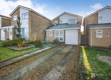 Thumbnail 3 bed detached house for sale in Edgeworth Drive, Carterton