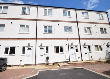 Thumbnail 1 bed flat to rent in Wellington Court, Bradford