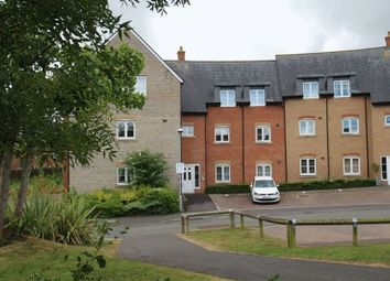 Thumbnail 2 bedroom flat for sale in Strouds Close, Swindon