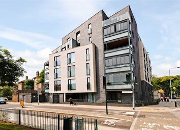 Thumbnail 2 bed flat to rent in Weston Street, London