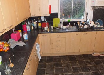 Thumbnail 8 bed terraced house to rent in Hyde Park Terrace, Leeds