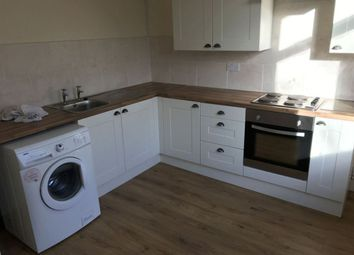 Thumbnail 2 bedroom flat to rent in Hamlyn Avenue, Hull
