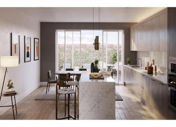 Thumbnail 2 bedroom flat for sale in Oakley Gardens, Childs Hill, London