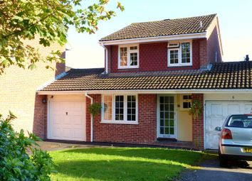 Thumbnail 3 bed detached house for sale in Dandridge Drive, Bourne End