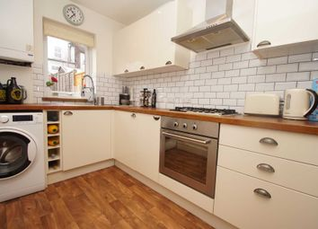 Thumbnail 2 bedroom property for sale in Henry Street, Hemel Hempstead