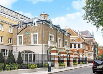 Thumbnail 3 bedroom flat for sale in Vincent Square, Westminster