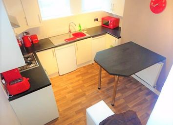 Thumbnail Room to rent in Knowle Road (Room 2), Burley, Leeds