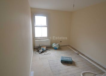 Thumbnail Room to rent in Orts Road, Reading