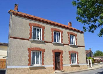 Thumbnail 3 bed country house for sale in 16240 Villefagnan, France